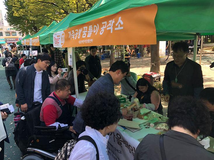 20191012-캠페인-3차(장애등급제-진짜-폐지-서명전).jpg